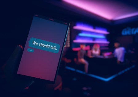 We-should-talk_banner