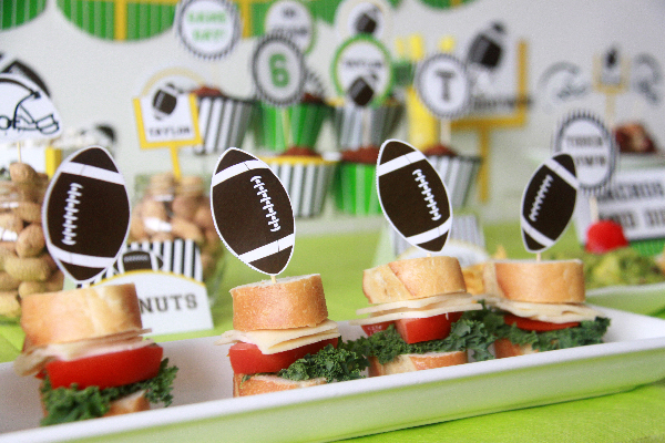 Football Birthday Printable Decorations by Pixiebear Party Printables