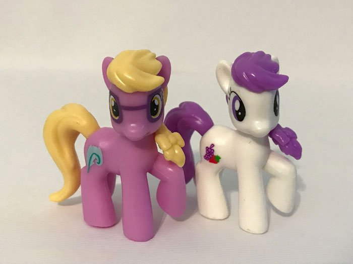 My Little Pony Mini Figures: Janine Manewitz and Berry Preppy.