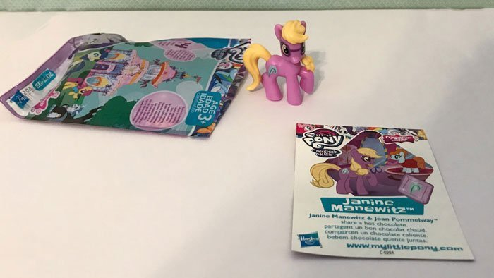 My Little Pony Mini Figure: Janine Manewitz.