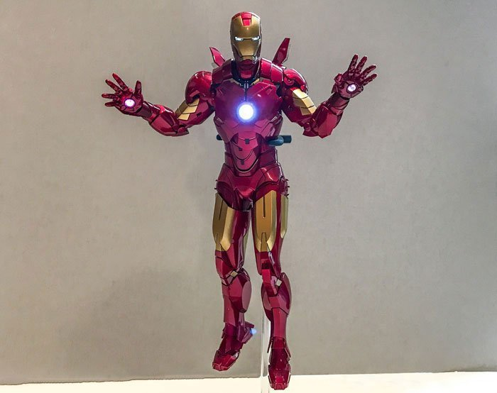 Hot Toys Iron Man Mark IV on LED light up stand.