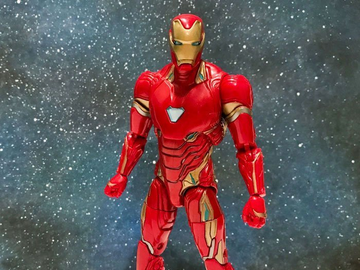 Marvel Legends Avengers: Infinity War Iron Man Review.
