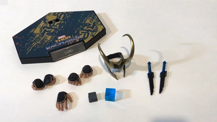Hot Toys Thor: Ragnarok Loki Accessories.