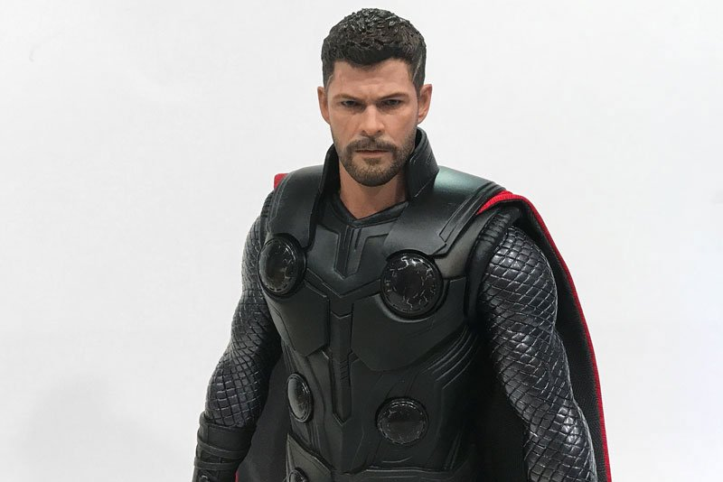 Hot Toys Review: Avengers: Infinity War Thor — Pixie Dust Dolls