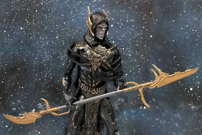 Image of Marvel Legends Corvus Glaive.