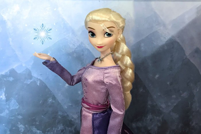 Frozen 2 Elsa Classic doll with snowflake.