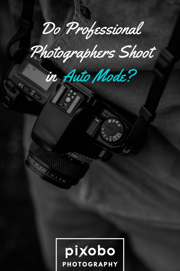 If you have a problem with using the manual camera settings, you surely would want to know do photographers shoot in auto mode. In this article, you can learn all about shooting in auto mode and see the benefits of auto mode and when you should use it. Read why professional photographers shoot in manual mode and why professional photographers sometimes use auto mode. Also, find out if the camera auto mode has downsides. #automode #camerasettings #manualmode #photography