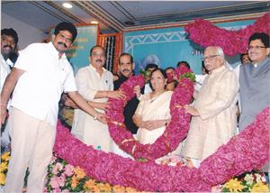 My mother Smt Chandrakanta Goyal being felicitated on her 80th Birthday by Shri Manohar Joshi- Senior Shiv Sena Leader & former Speaker of Lok Sabha, Shri Ram Naik - former Union Minister of Petroleum & Natural Gas and Shri Raj Purohit - then President of BJP, Mumbai