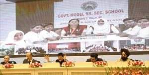 8--interacting-with-the-various-states-schools-students-through-video-conferencing-on-national-conservation-day-(1)