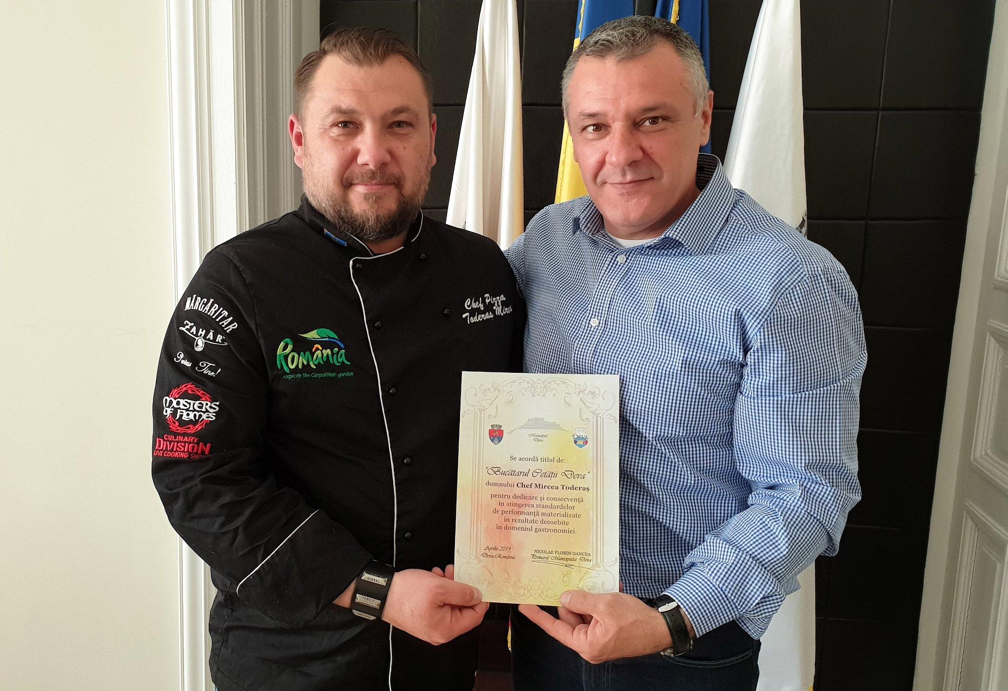 Diplomă deveanului Mircea Toderaș