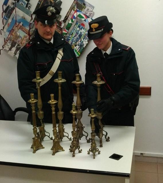 Controlli dei carabinieri nel Vibonese, ritrovati i candelabri rubati a Pizzo