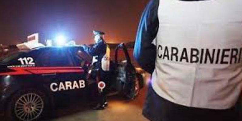 Tenta di corrompere i carabinieri dopo un'infrazione Arrestato cosentino dopo l'offerta di 50 euro