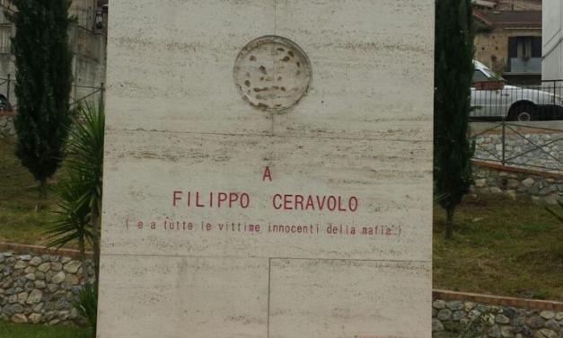 Danneggiata la stele in memoria di Filippo Ceravolo Il giovane vibonese è vittima innocente di mafia