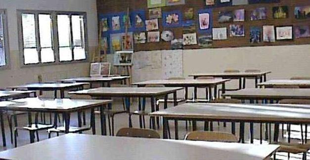 Il Codacons lancia l'allarme: «In Calabria inagibili 9 scuole su 10»