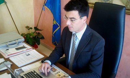 Pizzo, il sindaco Callipo pensa alle regionali mentre in città permane il problema dei rifiuti – Zoom24