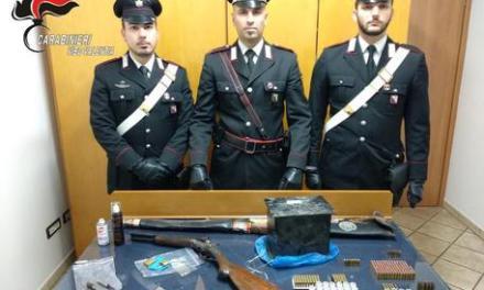 In casa un fucile e centinaia munizioni – Calabria