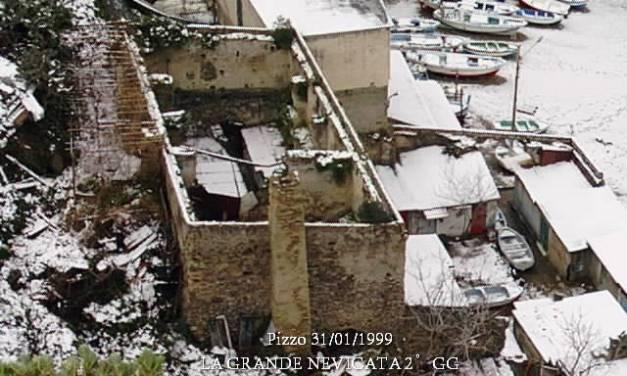 Pizzo 31/01/1999 – LA GRANDE NEVICATA – Le spiagge (Foto di G. Pagnotta)