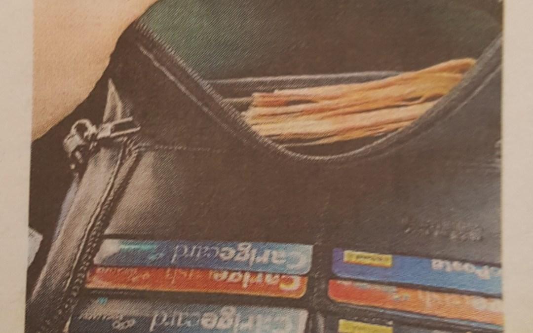 Perde il portafogli per strada, restituito in poche ore