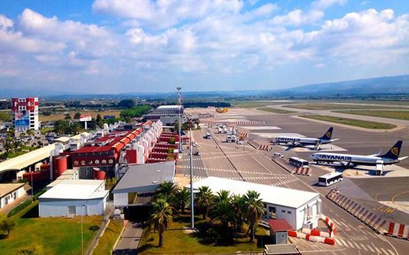 Ryanair riprende voli su Lamezia e Crotone dal 22 giugno
