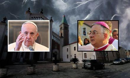 C'è Papa Francesco dietro le dimissioni del vescovo di Mileto, Luigi Renzo