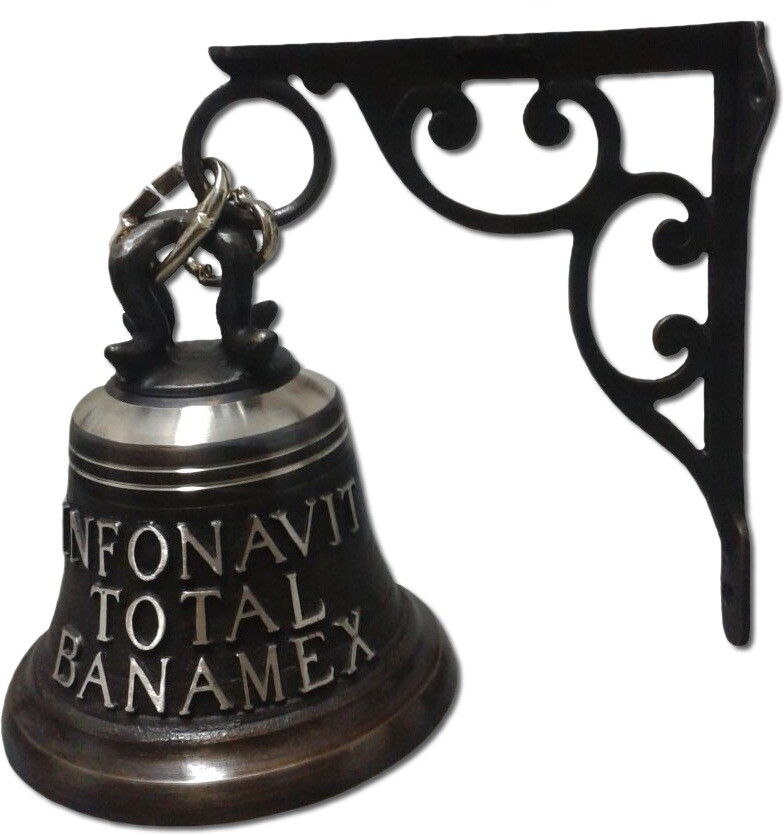 campana fundida en bronce con mensula