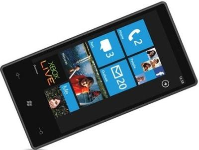 We love WP7 une fausse pub pour Windows Phone 7