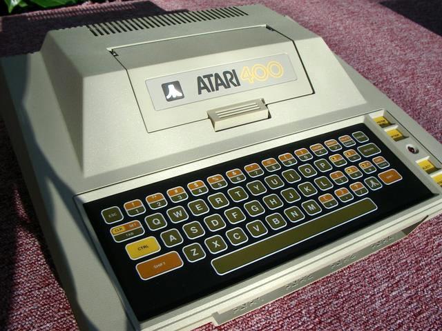 Le clavier de l'atari 400 renaît de ses cendres