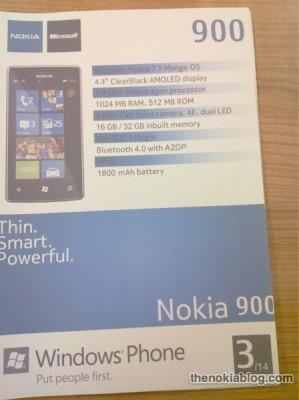 Nokia Lumia 900 specs