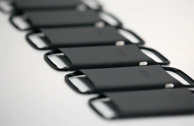 HTC One S : un arc électrique de 10 000 volts pour créer sa coque