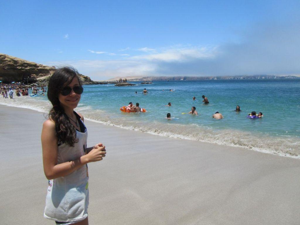 Playa La Mina Paracas Ica
