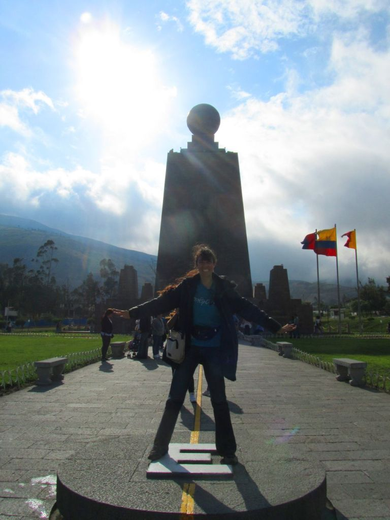 ¡Me encuentro parada sobre ambos hemisferios! I am here over the two hemispheres! Image by placeOK