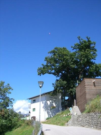 Blick zurück auf die Talstation der Taser-Seilbahn