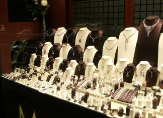 Jewelry Store Near Me