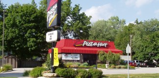 Pizza Hut Near Me