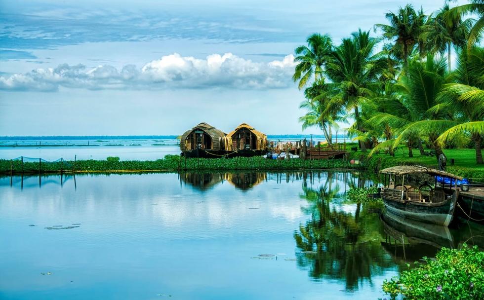 Kumarakom Backwaters – Historic Exotic Resort in Kerala, India