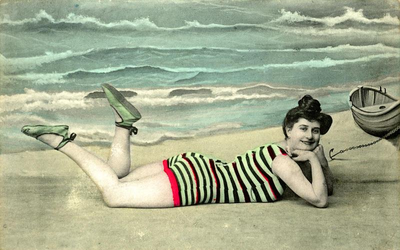 immagine tratta da swimsuits bathing beauties through time