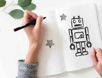 Robot drawing photo