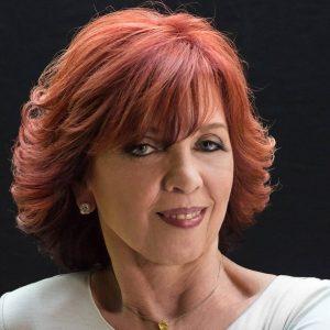 Nora Roberts Profile Pic