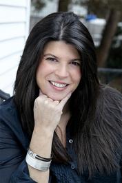 Stephanie Tyler