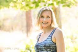 Dani Collins author