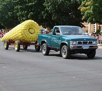 Corn-on-the-Cob Day float
