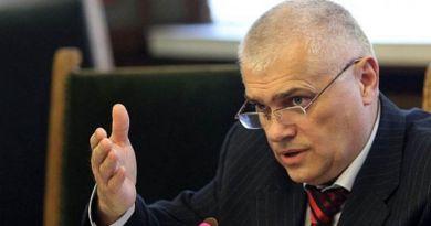 Министър Радев: 12 пожарни ще бъдат закрити, хората не губят работните си места