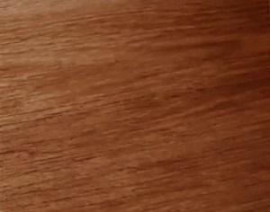 Das Furnier - Lackierte Holzoberfläche