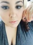 Jeune fille célibataire du 44 cherche la compagnie d'un keum