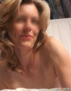 Libertine de 41 ans, sexy et ouvertes à toutes propositions, dispo en semaine à Rennes