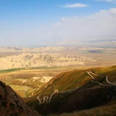 Klikatící se silnice – Kyrgyzstán