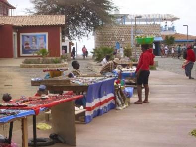 Místní prodejci v Santa Marii