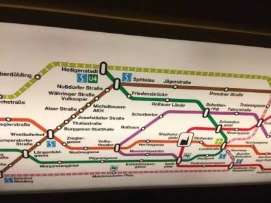 Plán podzemky ve vozech metra