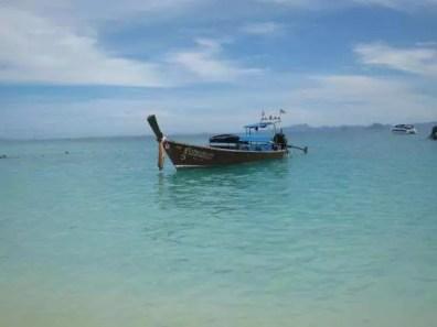 Typická lodička v Thajsku