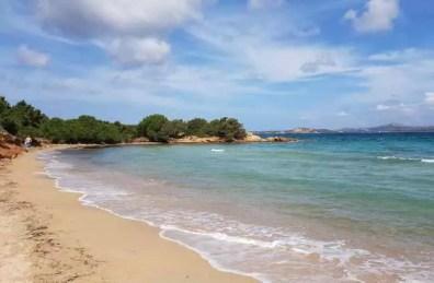 Pláž Li Piscini blízko Palau